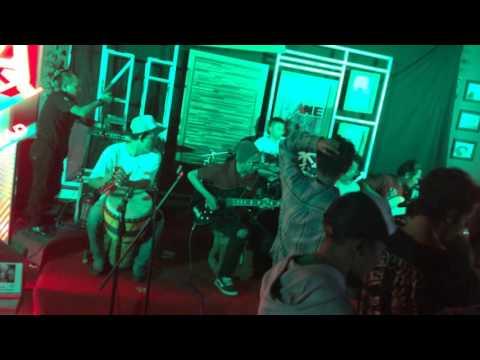 Soekarno Straat - Inginku Live at ChitChat Cafe Mojokerto