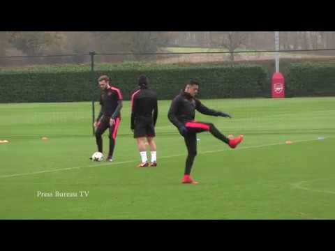 Arsenal training pre FC Koln 22 11 2017