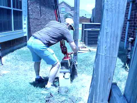 How to remove a fencepost with a farm jack - YouTube