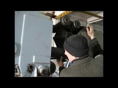 Сборка стрелы автокрана КС-3575А после ремонта гидроцилиндра выдвижения стрелы.