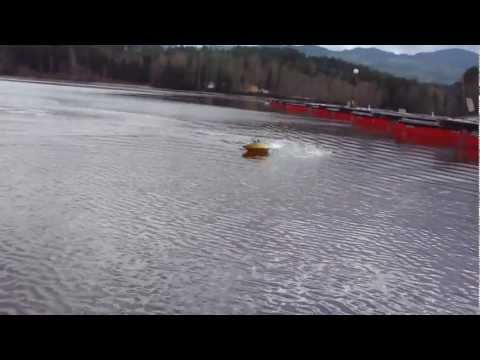 RC BOAT JET BOAT WITH SVANS AND UNDERWATER SHOTS