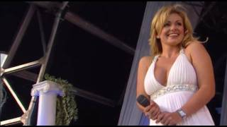 Watch Katherine Jenkins Nella Fantasia video