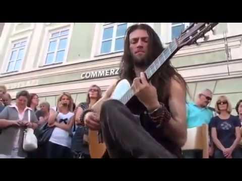 Terbaik !! (Pengamen )MUSISI Jalanan DEngan  Skill gitar akustik ..