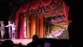 Hoop Dee Doo Musical Revue, Disney