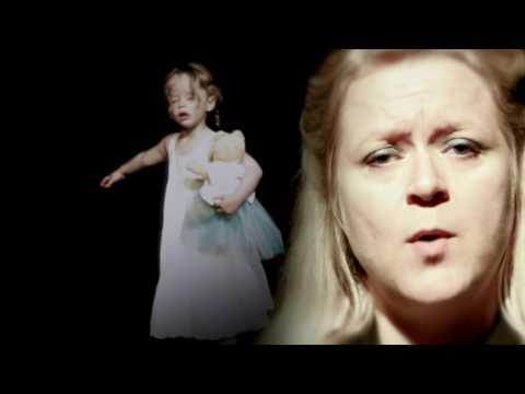 Uusikuu Kehtolaulu Hyljätylle Music Video