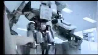 Японская смешная реклама бумаги Робот трансформер
