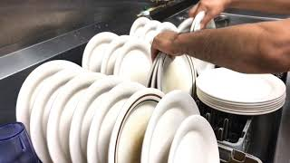La realidad de un lava plato en la USA