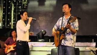 behind the stage _ Chí Tài & Uyên Trang _ LÂU ĐÀI TÌNH ÁI part 2