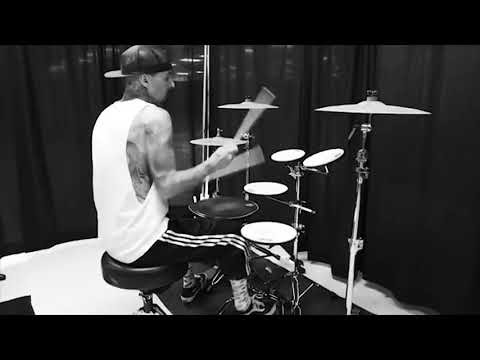 Travis Barker - Drum Skills 2018