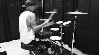 Travis Barker Drum Skills 2018