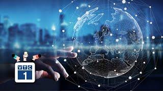 Phát triển 4.0: Ưu tiên công nghệ hay con người?