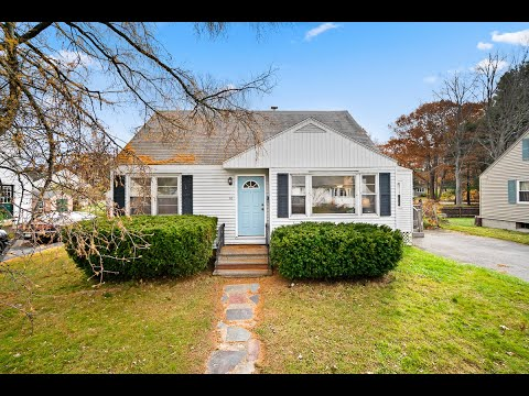 Home For Sale In South Portland, Maine | 116 Bonnybank Terrace | Derek Goff, Bean Group