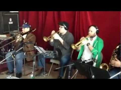SHOUT (by Tony Metcalfe) BLAZING HORN SECTION!!