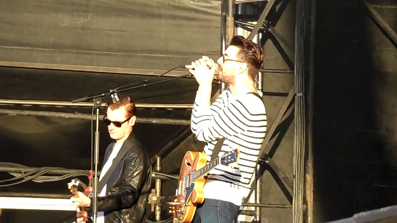 the-courteeners-summer-glasgow-summer-sessions-at-bellahouston-park-19-8-14-thekillers621