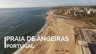 Praia de Angeiras ( Portugal ) a vista de drone