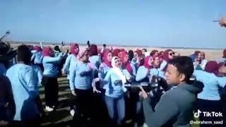 المهرجان إلى مجنن مصر ينعل أبو الجواز دا انتى لف السنين دا انتى أجدع فتمين