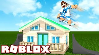 I JUMPED OVER A HOUSE WITH THE SKATEBOARD ON ROBLOX!!