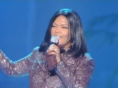 cece-winans-live---we-thirst-for-you