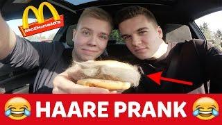 McDonalds PRANK HAARE AUF DEM BURGER! 🍔😂