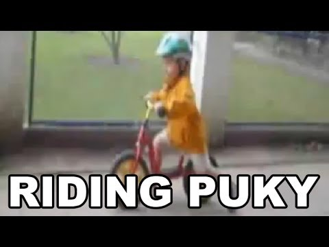 ash-fährt-puky-kinder-laufrad-/-ash-rides-puky-children-bicycle-(2-years-old)