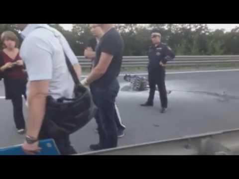 Первые кадры с места смертельной аварии с участием известной во Владивостоке девушки-байкера (18+)