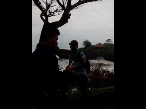 Penampakan Pura Tanah Lot dan Pura Batu Bolong - 2017