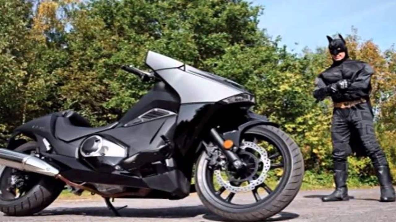 BATMAN MOTORCYCLE !! : 2017 Honda NM4 - SLICK & POWERFUL ...