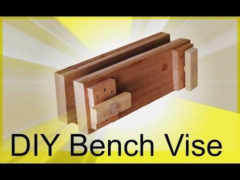 DIY Table Saw Workstation Part 4 - Moxen Style Twn Screw Vise