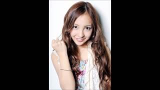 おぎやはぎの小木さんが自身のラジオ番組でAKB48の板野友美さんについて...