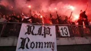 Rommy - En Steeds Weer Huil Je   (R.I.P. Rommy)