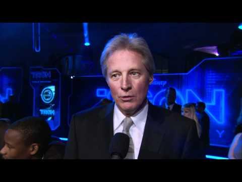 "TRON: LEGACY - LA World Premiere - Interview with Bruce Boxleitner: ""Alan Bradley/TRON"" - 12/11/10"