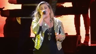 "Kelly Clarkson - ""Dark Side"" (Live in San Diego 8-16-15)"