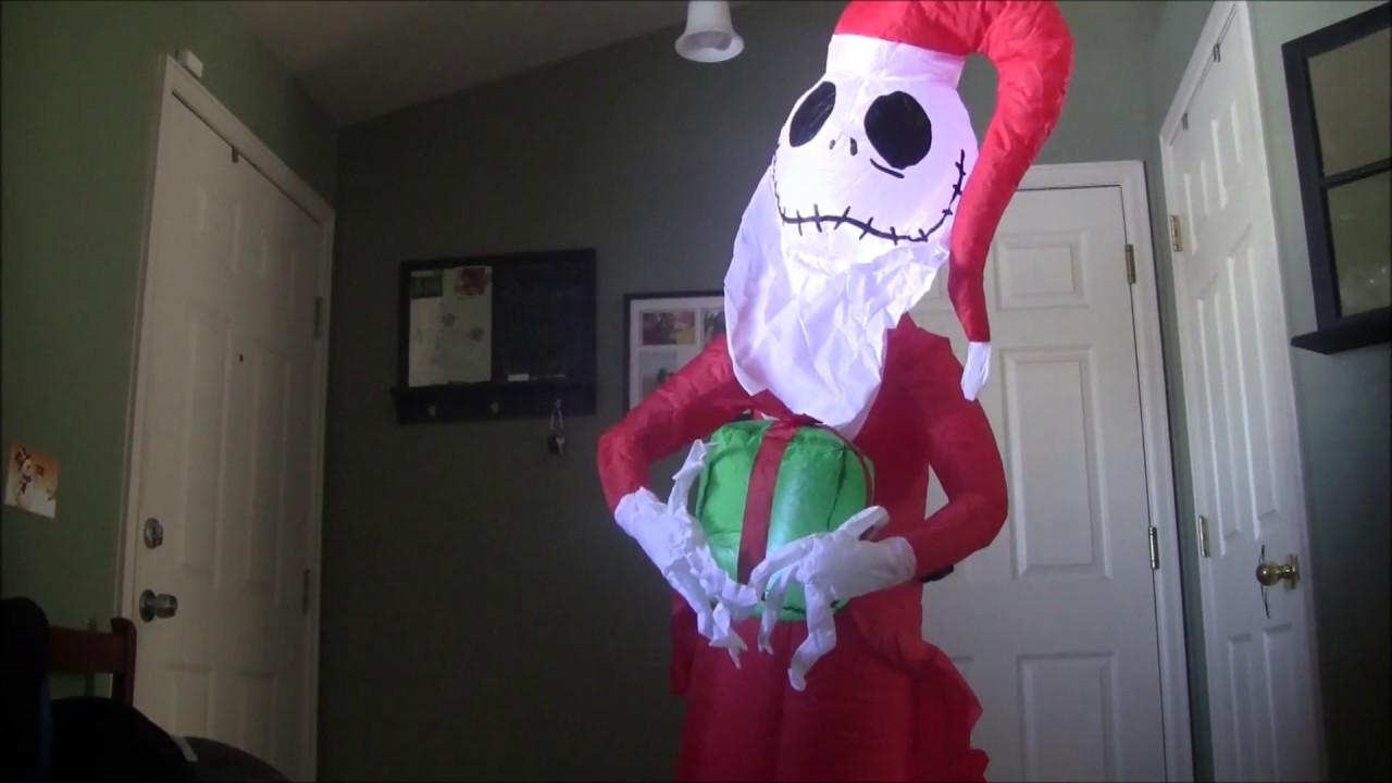 Nightmare before Christmas Santa Jack Skellington With Present ...