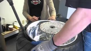 MONSTER 360 Tire Change