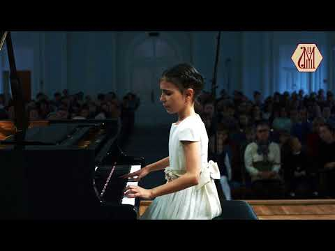 01.10.2017 Alexandra Dovgan' at Concert of CMS students. Rachmaninov Concert Hall (official video)