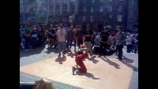 Танці на вулицях Києва (відео 2)