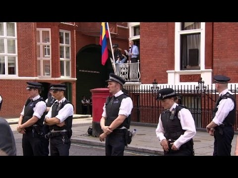 Scotland Yard removes 24-hour police at Ecuadorian Embassy