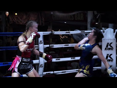 Marie Ruumet vs Namthip 2019 at Thapae Boxing Stadium