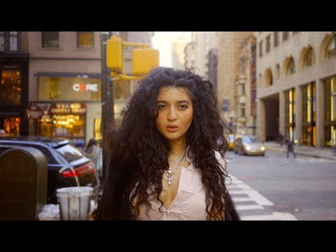 Dounia - Avant-Garde (Official Video)