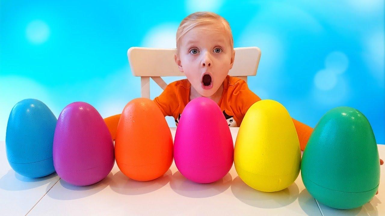 Алиса ищет разноцветные яйца с сюрпризами / Новые серии