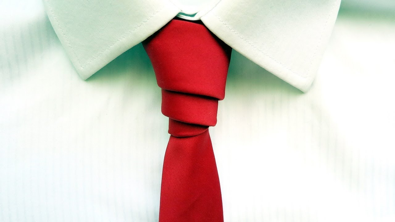 d9a3537282e8 These days, the majority of men don't buy more ties just because they don't  know how to tie a knot. In fact, the only time they do need to put together  a ...