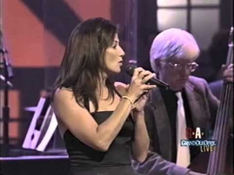 Back in babies arms AMY GRANT on OPRY VINCE GILL 2004