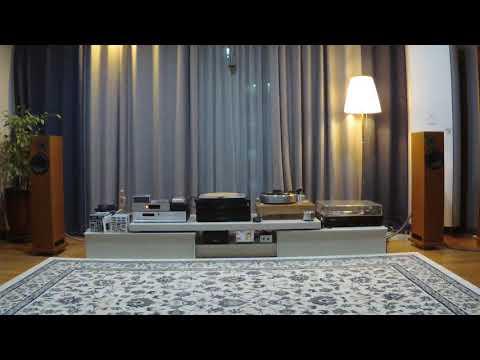 Joan Baez - East Virginia... Acoustic Soild MPX, EAR834p, Ortofon MC bronze.. (LP Sound)