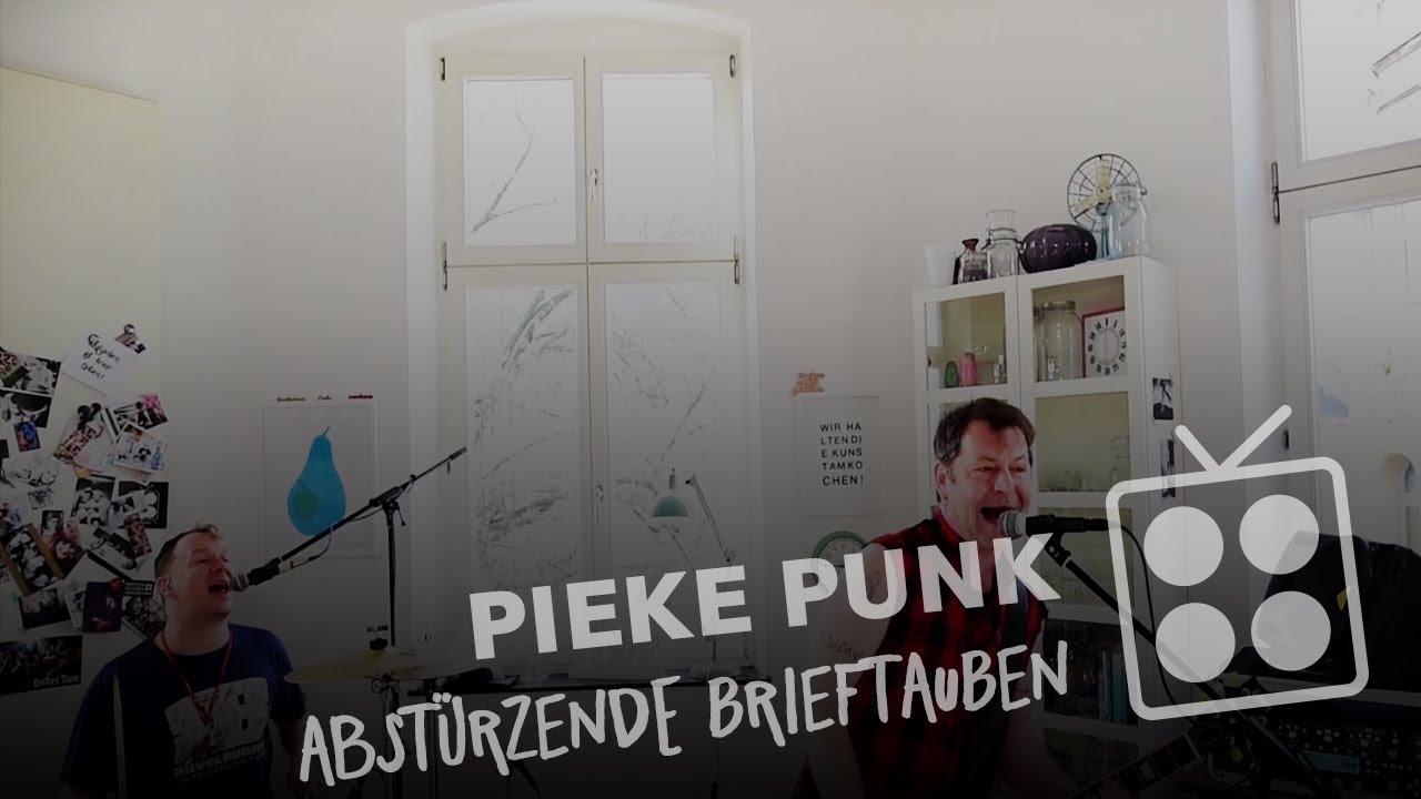 mg kitchen tv pieke punk abst rzende brieftauben youtube. Black Bedroom Furniture Sets. Home Design Ideas
