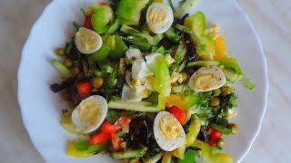 Готовим салат с перепелиными яйцами. Preparing a salad with quail eggs.