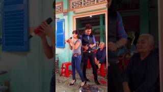 Ns:Hồ Minh Đương với cô gái ở Long An tên Ngọc Hà diễn quá luôn mọi người ơi..
