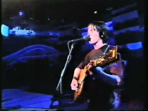 Elliott Smith- Waltz No. 2- Live- Jools Holland