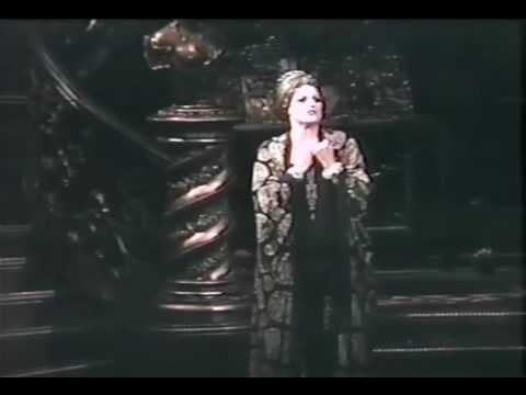 Karen Mason as Norma Desmond on Broadway Performing