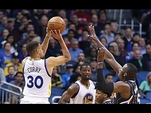 Steph Curry's 128 Game Three-Point Streak in 128 Seconds!