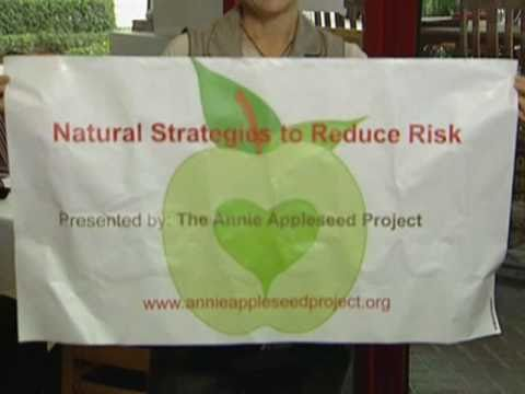 Annie Appleseed Project at Green Gourment Organic Cafe